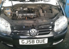 Dezmembrez Vw Golf 5, motor 1.9 TDI cod BXE, 105 cp, 2008