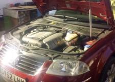Dezmembrez Vw Passat 2,4 benzina AZX 125kw Tiptronic an 2003